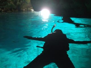 夏は高確率で青の洞窟にいけます。