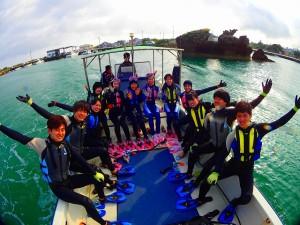春の沖縄青の洞窟-学生旅行