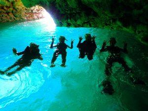 青の洞窟早朝について