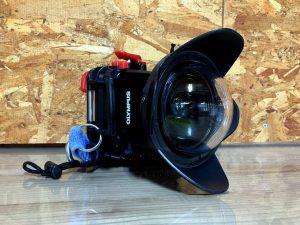 青の洞窟を鮮明に撮影するカメラ