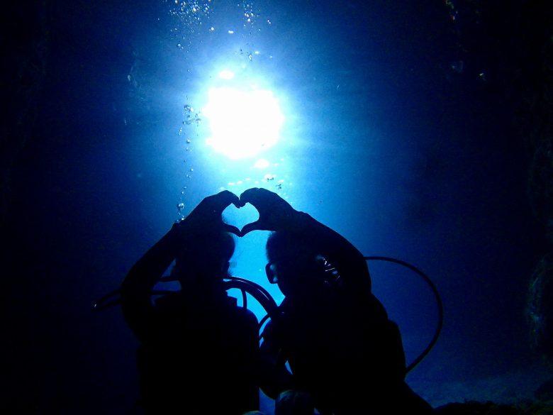貸し切り船でグルクン釣り&ボートで青の洞窟体験ダイビング4