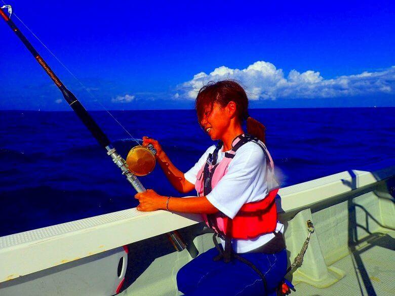 【船1隻完全貸し切り】トローリングで大物狙い釣り(マグロ・カツオ・シーラ)2