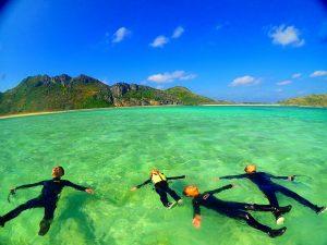 沖縄おすすめの海遊びをご紹介