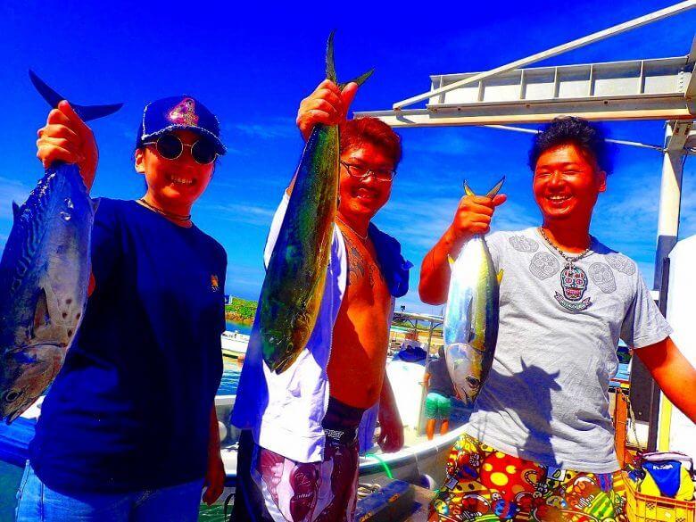 【船1隻完全貸し切り】トローリングで大物狙い釣り(マグロ・カツオ・シーラ)4