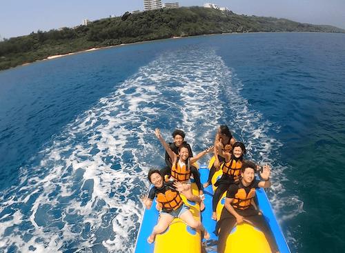 巨大バナナボート
