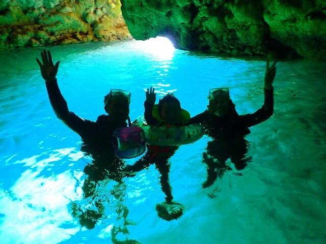 子供と一緒に青の洞窟いけます