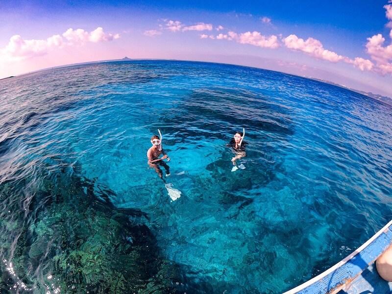 沖縄アクティビティで大人気のチービシ諸島ツアー