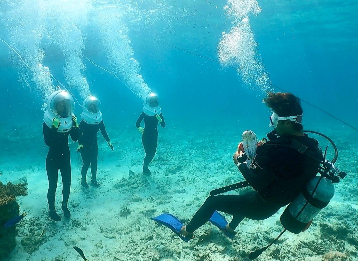泳ぎが苦手でもシーウォークは安心して海で遊べます。